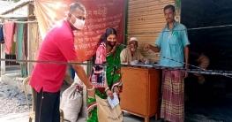 তালায় ১০ টাকা কেজির চাল বিনামূল্যে পেলেন কর্মহীনরা