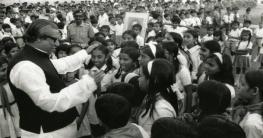 অসংখ্য চ্যালেঞ্জ মোকাবেলা করে বাংলাদেশ পুনর্গঠন করেন বঙ্গবন্ধু