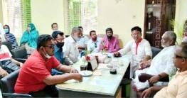 ছুটির দিনেও অফিস করছেন উপজেলা চেয়ারম্যান মুজিবর