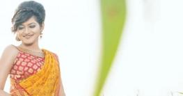 বিচ্ছেদের পর আবারো নয়া প্রেমে বুদ মিম
