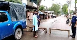 আশাশুনি সীমান্তে পুলিশের চেকপোষ্ট বসিয়ে তল্লাশী