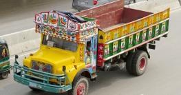 শার্শায় ট্রাক-মাহিন্দ্রা সংঘর্ষে চালকসহ তিনজন নিহত